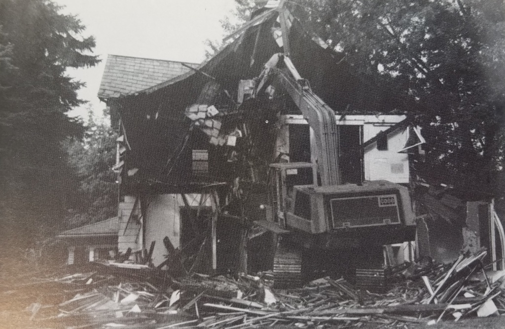 101 Montgomery Blvd being demolished